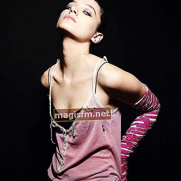 Esme Creed-Miles (Schauspielerin) Wikipedia, Bio, Alter, Größe, Gewicht, Freund, Vermögen, Familie, Fakten
